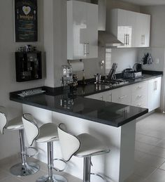 Cocinas Integrales Proyeccsa - Late Tutorial and Ideas Kitchen Room Design, Kitchen Cabinet Design, Modern Kitchen Design, Home Decor Kitchen, Interior Design Kitchen, Home Kitchens, Small Kitchens, Kitchen Colors, Kitchen Soffit