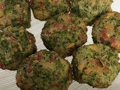 Imagem da receita Bolinho de brócolis assado