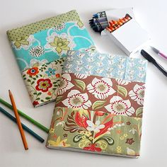 **This is a Fat Quarter Friendly Project!** Remember making book covers from brown paper bags? Do people still do that? Fabric covered notebooks and journals are the same idea, but much prettier :)…