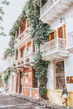 Travel dreams: Where To Eat, Stay & Play in Cartagena, Colombia Colombia Travel, Cali Colombia, Places To Travel, Travel Destinations, Places To Go, Colombia Memes, Packing List For Travel, Travel Tips, Europe Packing