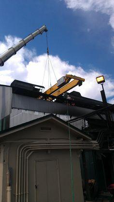setting large, 40,000b overhead crane at the Sugar Mill up by Lake Okeechobee