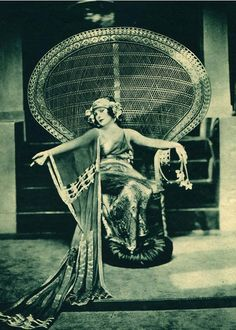 Norma Talmadge, 1920s. ... This is for you Sarah:) We need to do this with your new chair!!