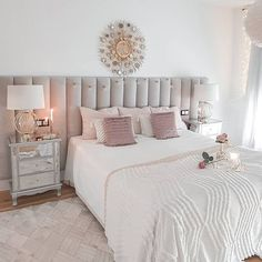 Tamara • Decoración & Home (@tamishome) • Instagram photos and videos Modern Teen Bedrooms, Furniture, Videos, Photos, Home Decor, Instagram, Pictures, Decoration Home, Room Decor