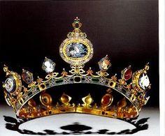 The Devonshire tiara, part of the Devonshire neo-classical parure made by C.F. Hancock. Gold; enamel; diamonds; cornelian; onyx; garnet; jacinths; lapis lazuli; plasma, and sardonyx.