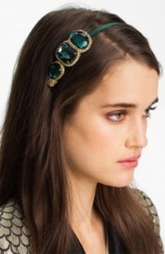 Emerald and Absinthe: The It Colors of 2013 - # green bob Braids # green bob Braids Bobby Pin Hairstyles, Headband Hairstyles, Diy Hairstyles, Hair Accessories For Women, Bridal Accessories, Emerald Green Hair, Hair Scarf Styles, Jeweled Headband, Bob Braids