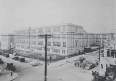 Himrod St and Grandview Ave Construction of Grover Cleveland HS 1931 Williamsburg Brooklyn, Brooklyn Nyc, Grover Cleveland, Queens Nyc, Nyc Girl, Vintage New York, Back In The Day, Old Pictures, Paris Skyline