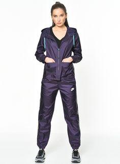 Nike 804546-524 Nike Woven Tracksuit,Purple Dynasty/Whi Beden 17910817 ürününü, 134,90 TL fiyatıyla online satın alın. Sezon indirimleri ve Kapıda Ödeme Avantajı Morhipo.com'da.