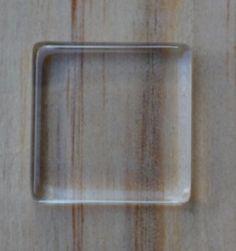 Kaboszon przeźroczysty kwadratowy płaski 20mm