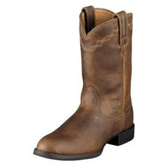 Ariat Heritage Ropers. Distressed Brown. Women's Size 8. $129.95 at http://www.ariat.com/Western/Women/Footwear/Ropers/Lacers/HeritageRoper.html?color=DISTRESSED_BROWN