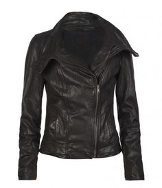 """Beautiful, black leather jacket with all the """"bells & whistles"""" as I would say. Zippers, lots of pockets, snaps, etc.I really want to buy a nice black leather jacket! All Saints Leather Jacket, Leather Jackets, Look Fashion, Fashion Outfits, Jackett, Leather And Lace, Black Leather, Swagg, Autumn Winter Fashion"""