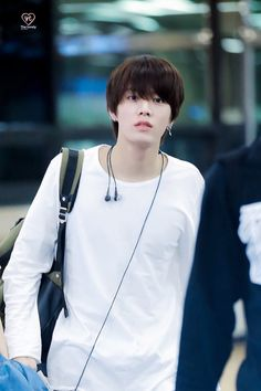 Why is he so handsome...huhu <3