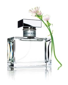 Ralph Lauren Romance Perfume - The Perfume Girl. Fragrances and colognes from fashion houses and perfume designers. Scent resources, perfume database, and campaign ad photos. Perfume Diesel, Hermes Perfume, Best Perfume, Perfume Bottles, Perfume Ad, Perfume Scents, Celebrity Perfume, Belleza Natural, Girly Girl