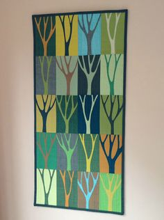 Wendy's quilts and more: Mini Tree Quilt – Gardening for beginners and gardening ideas tips kids Small Quilts, Mini Quilts, Quilting Projects, Quilting Designs, Quilt Modernen, Tree Quilt, Landscape Quilts, Textiles, Contemporary Quilts
