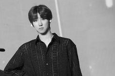 "SEVENTEEN shared a photo on Instagram: ""2020 SVT 4th FAN MEETING <SEVENTEEN in CARAT LAND> see you VERY soon! ㅤㅤ ㅤㅤ ㅤ #세븐틴 #SEVENTEEN…"" • See 2,168 photos and videos on their profile. Woozi, Wonwoo, Jeonghan, Seungkwan, Seventeen Performance Team, Seventeen Leader, Seventeen Debut, Hip Hop, Vernon"