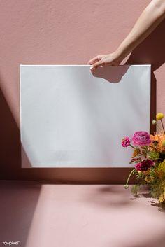 Flower Background Design, Background Patterns, Gerbera Flower, Ranunculus Flowers, Bellet Journal, Foto Online, Minimalist Wallpaper, Instagram Frame, Frame Template