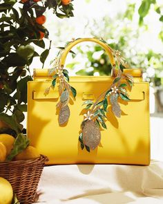 🍋 Striking summer accessories in the latest issue of - out now. Trendy Handbags, Purses And Handbags, Embroidery Bags, Summer Accessories, Party Bags, Mehndi Designs, Instagram Fashion, Fashion Backpack, Latest Issue