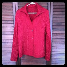 Crinkle Fabric Blouse Gorgeous, NWOT crinkle fabric blouse with matching buttons- can be worn open or closed. No tags, but it is size L with stretch.  Long sleeves, 100% Polyester. Has small shoulder pads that can be cut out. Dress Barn Tops Blouses