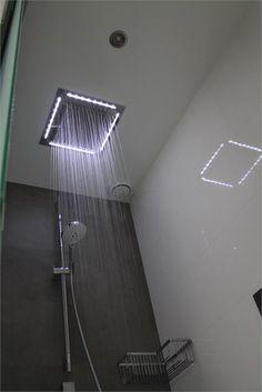 Regendouche met LED verlichting