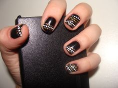 25 Best Brown Nail Designs 2015 you can try with matching dresses #brownnails #matchingnails #nailsdesign2015