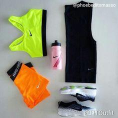 Today's #FITOutfit is by @phoebeditommaso @nikewomen pro classic sports bra, pro shorts & sleeveless shirt @nikerunning zoom fit agility shoes @nike water bottle (similar here)