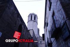 La Catedral de Barcelona, Barcelona. Grup Actialia ofrece sus servicios en Barcelona: Diseño web, Diseño gráfico, Imprenta y Rotulación. www.grupoactialia.com