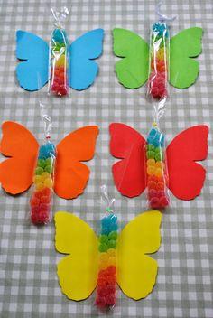 LOS DETALLES DE BEA: Las mariposas del cumple de Casilda