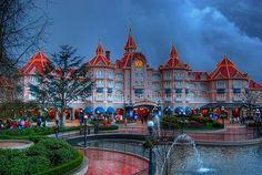 Disneyland in Paris | disneyland paris The Happiest Places on Earth