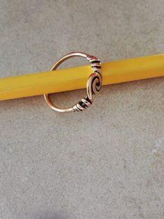 Bronze ring med lille spiral fra Nyborg  110 kr.