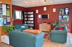 Living space https://www.yha.co.nz/hostels/north-island-hostels/yha-bay-of-islands-paihia/