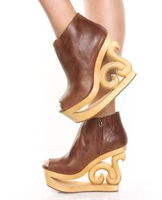 6bca6d61223 Jeffrey Campbell- Scrollwork wedge Shoes Too Big