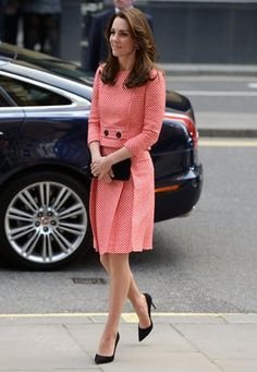 The gorgeous Duchess wears an skirt suit from bespoke label Eponine London.