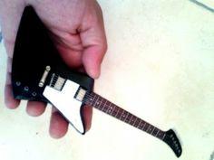 Presento este modelo de Gibson, Explorer.....