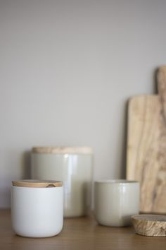 Storage Jar with Wooden Lid - Taupe