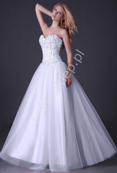 Suknia ślubna tiulowa wysadzana kryształami