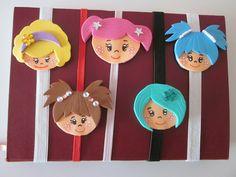 MARCAPÁGINAS DE GOMA EVA ELÁSTICOS Pencil Toppers, 3d Origami, Felt Dolls, Felt Ornaments, Paper Clip, Craft Gifts, Bookmarks, Dream Catcher, Diy And Crafts