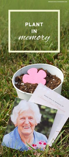 Plantable cards and favors for green burials that grow a garden of flowers in memory. #memorials #seedpaper #greenburials