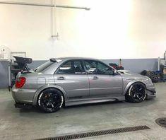 Tuner Cars, Jdm Cars, Wrx Sti, Subaru Impreza, 2006 Wrx, Subaru Cars, Ride 2, Black Wheels, Japan Cars