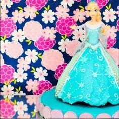 Elsa Doll Cake Follow on Instagram @thepetitepastry