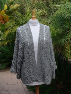 Ravelry: Fan Kimono pattern by Vicki Square (now if i could just make this one a little longer..)