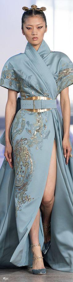 Elie Saab Fall 2019 Couture Fashion Show Diva Fashion, Runway Fashion, Fashion Beauty, Fashion Show, Womens Fashion, Fashion Design, Elie Saab Couture, Style Couture, Haute Couture Fashion