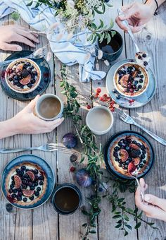 our food stories: gluten-free mini tarts with vanilla pudding, blueberries and figs & a week of vacation in denmark