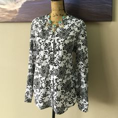 LAURA SCOTT Black & White Paisley Blouse Beautiful cut creates a slimming look. Perfect for a pair of colorful pants, or a bright pencil skirt. Necklace is available in separate listing Laura Scott Tops