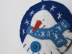 White Wool Felt Snowman Ornament Red Wool Felt by WoollyBugDesigns Felt Snowman, Snowman Crafts, Felt Crafts, Holiday Crafts, Snowmen, Felt Christmas Decorations, Felt Christmas Ornaments, Snowman Ornaments, Christmas Sewing