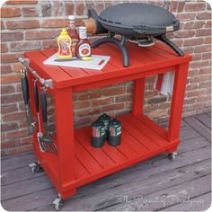 Learn how to build an outdoor tabletop grill cart! Perfect for barbecuing and backyard gatherings!
