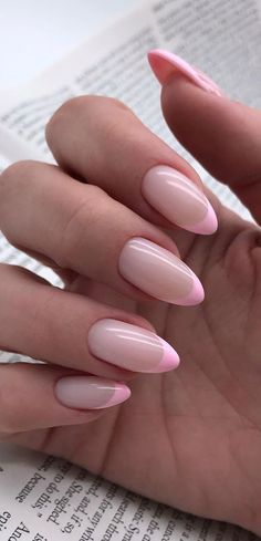 Almond Nails French, French Tip Acrylic Nails, Almond Acrylic Nails, Best Acrylic Nails, Almond Nails Pink, Colored Nail Tips French, Colored Tip Nails, Nails French Design, Short French Tip Nails