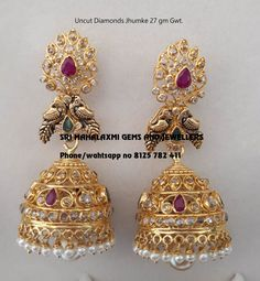 Exclusive designs of Precious Emeralds Rubies and south sea pearls chains made in 916 Bis hallmarked Gold. Visit us for full range at most competitive prices. Gold Jhumka Earrings, Indian Jewelry Earrings, Gold Earrings Designs, Gold Jewellery Design, Earings Gold, Buy Earrings, Earrings Online, India Jewelry, Gold Necklaces