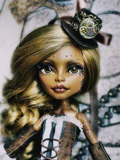 OOAK MONSTER HIGH Robecca Steam glass eyes repaint custom doll steampunk $189.5+25