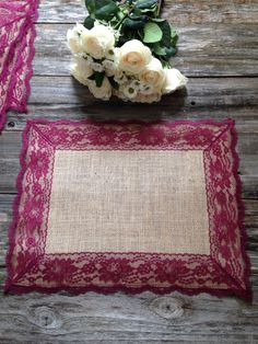 Burlap Placemats with BURGUNDY RED/WINE Lace/Country Wedding/Rustic Country Wedding/Farmhouse Decor/Rustic Country Home/French Country Decor Manteles individuales de arpillera con encaje / vino rojo borgoña Rustic Farmhouse Decor, Rustic Decor, Burgundy Red Wine, Burgundy Wedding, Rustic Table Runners, Barn Wedding Decorations, Kitchen Decorations, Lace Table, Burlap Crafts