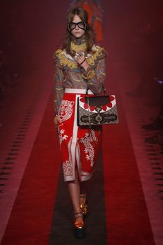 Gucci   Ready-to-Wear Spring 2017   Look 10