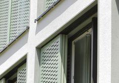 Sonnenschutz-Fassadenelemente by Moradelli GmbH Studentenwohnanlage - Ulm